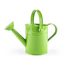 Metalowa konewka zielona